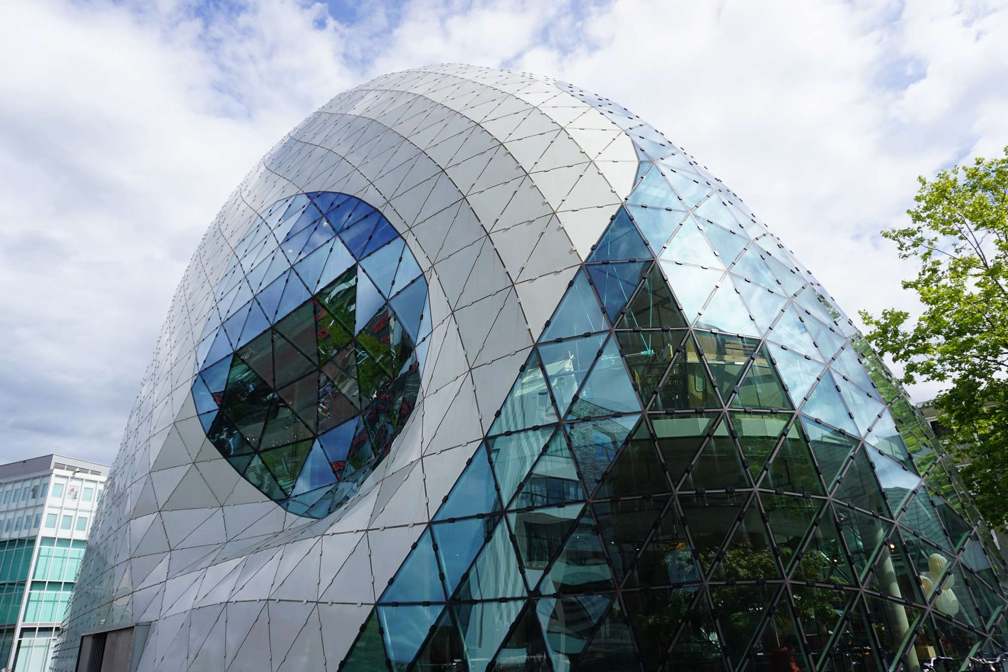 the Blob glass building in Eindhoven