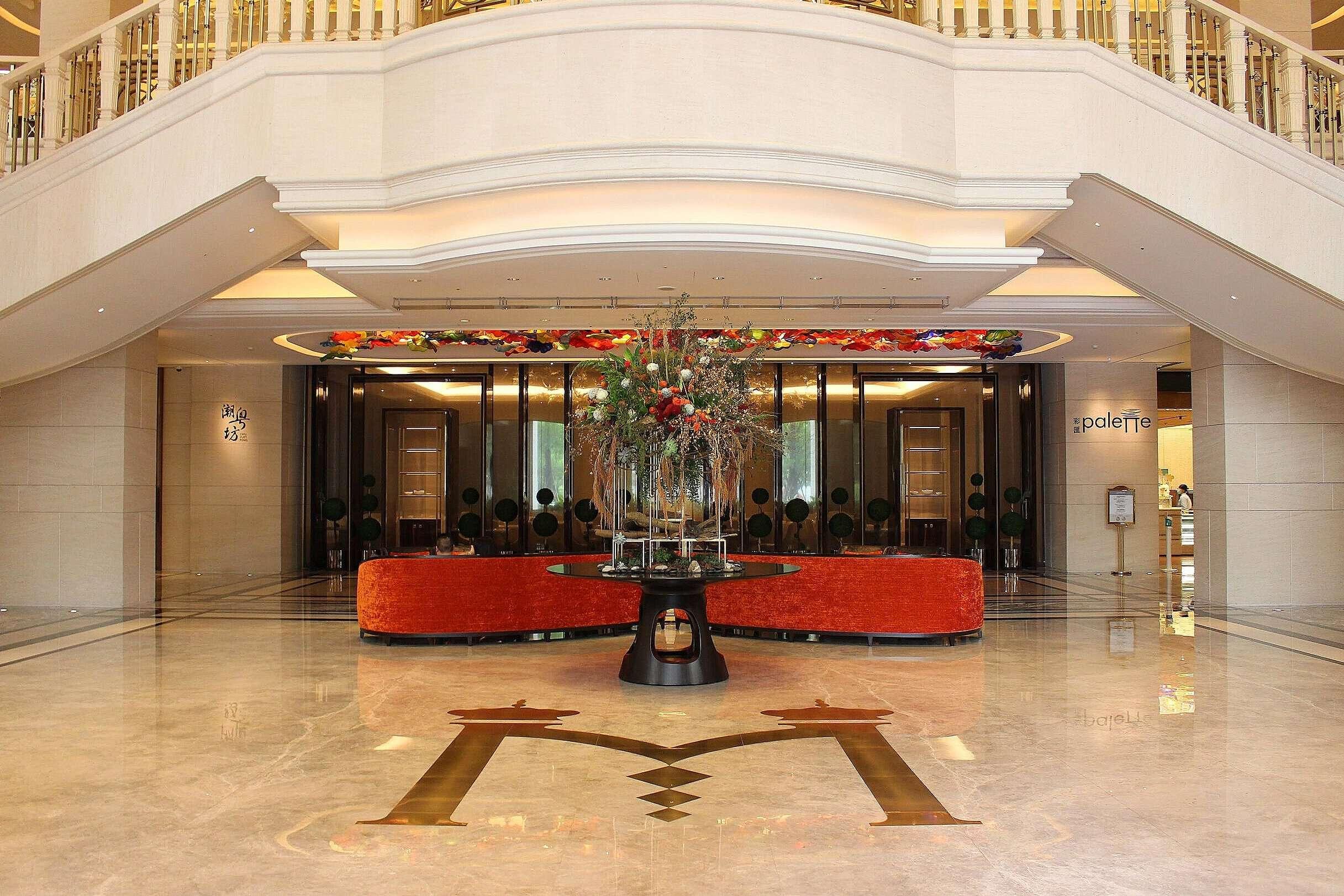 foyer of Grand Mayfull Hotel Taipei