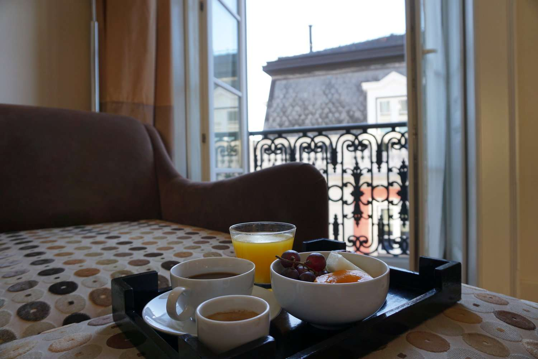 Room service breakfast at Heritage Avenida Liberdade