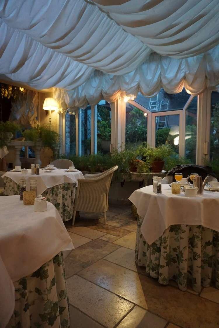 Dining room at Hotel Die Swaene in Bruges