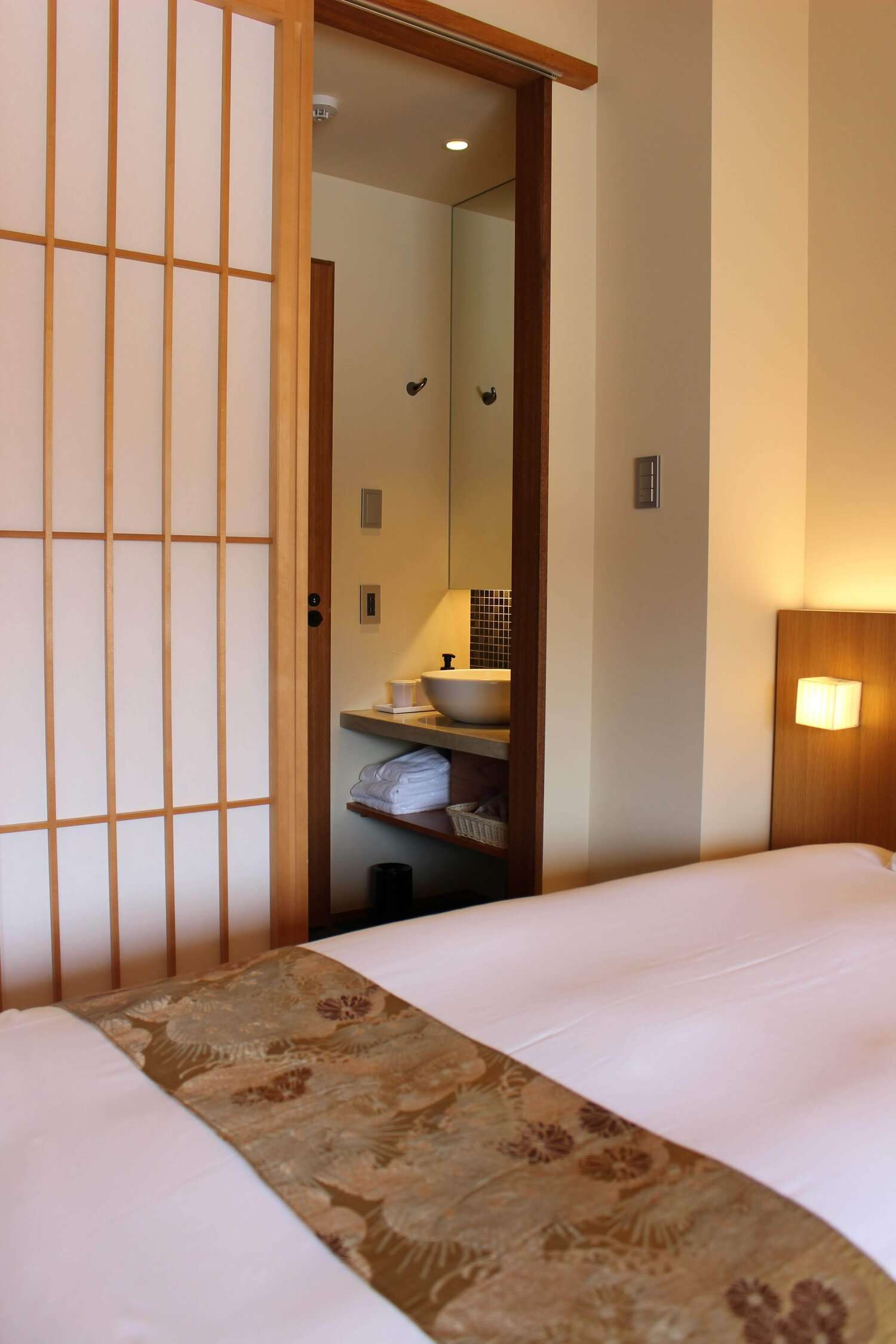 Hotel Ethnography Kyoto guest room