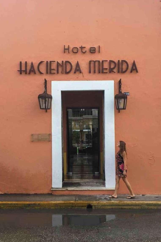 Hotel Hacienda Merida entrance