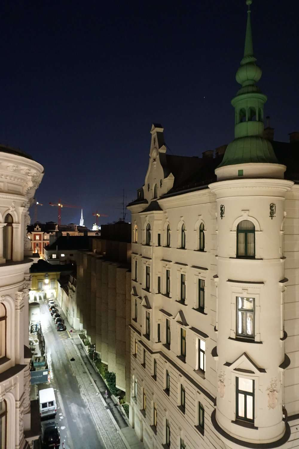night time view out of the window at Rathaus Wein & Design Hotel Vienna