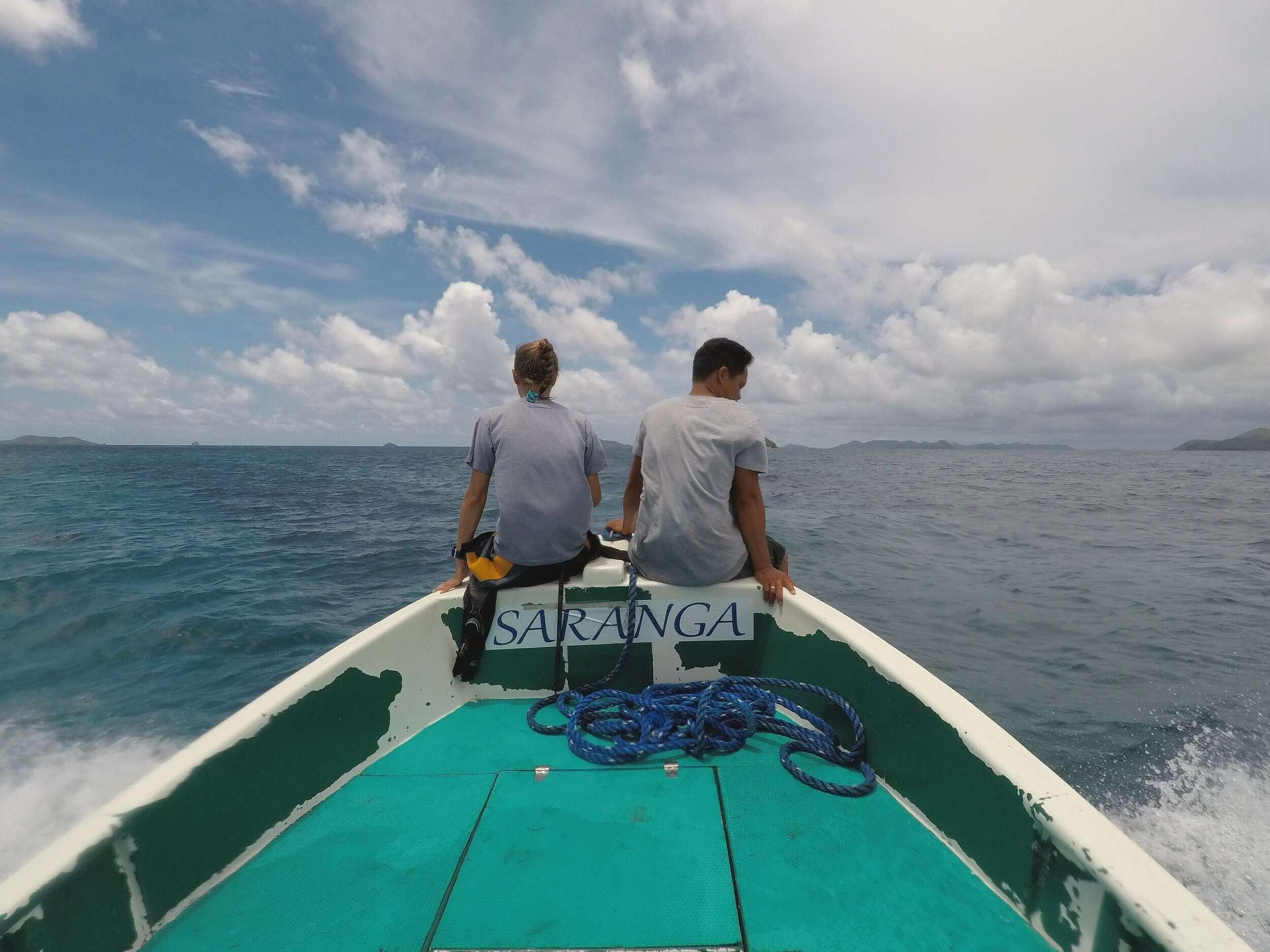 dive instructors on boat dive sibaltan el nido philippines