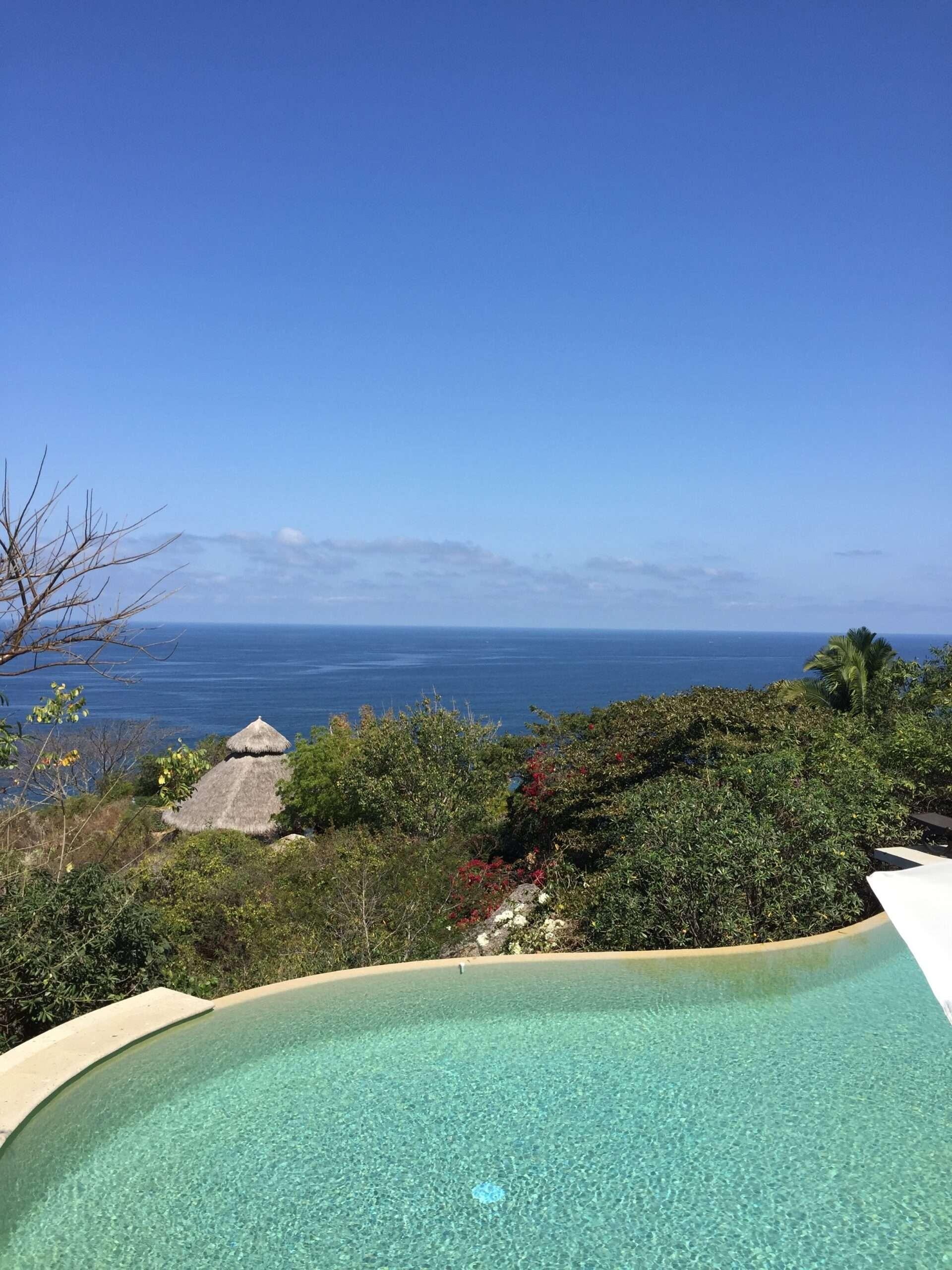 haramara retreat infinity pool