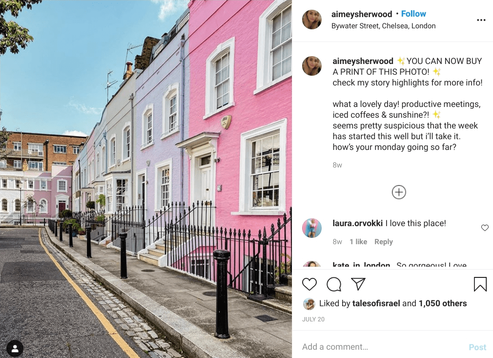 Colourful townhouses in Chelsea, London. One of teh most instagrammable places in London